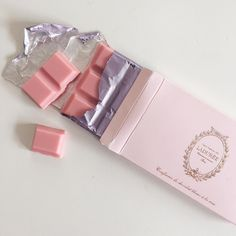 aesthetic pink pastel sweet soft art coral peach tropical minimalism summer self care flower travel bullet journal cafe rose blush food sweet peachy chocolate Aesthetic Colors, Aesthetic Food, Aesthetic Pictures, Aesthetic Vintage, Aesthetic Style, Orange Aesthetic, Aesthetic Pastel, Bonbons Pastel, Pink Foods