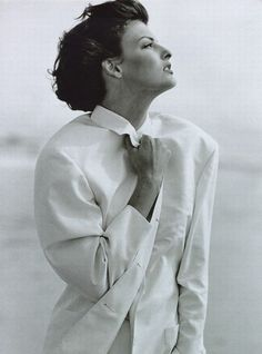 Linda Evangelista by Peter Lindbergh for Vogue Paris May 1992 Peter Lindbergh, Linda Evangelista, Editorial Photography, Portrait Photography, Fashion Photography, Lifestyle Photography, Mode Vintage, Vintage Vogue, Karl Lagerfeld