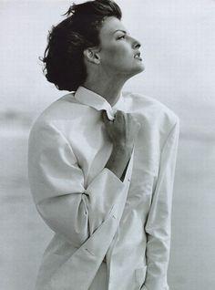 Vogue Paris I March 1992 I Model: Linda Evangelista | Photographer: Peter Lindbergh.