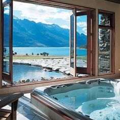 Blanket Bay Lodge, Glenorchy. Our friends at Blanket Bay Lodge know the best places to put hot tubs #Eichardtsloves