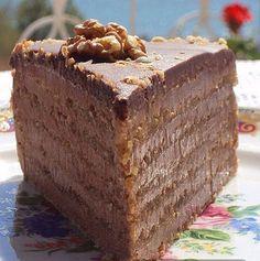 Svečana torta sa orasima i čokoladom Torte Cake, Fudge Cake, Brownie Cake, Torte Recepti, Kolaci I Torte, Baking Recipes, Cake Recipes, Dessert Recipes, Sweet Desserts