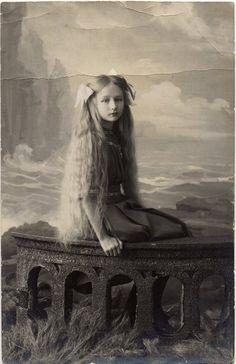 Edwardian Photo / Original Print / Date of Creation: 1912 / Color: Black & White / Region of Origin: Российская Федерация - Rossijskaja Federacija