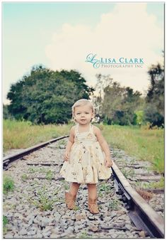 I'm also getting a picture on the railroad tracks by my house..  Perfect!