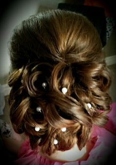 #bridal #wedding #bride #brides #bridalhair #weddinghair #updo #hairdo #hairup #hairupdo