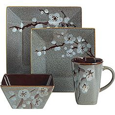 I love square dishes. This is a little too muted of colors for my taste, but the design is beautiful!