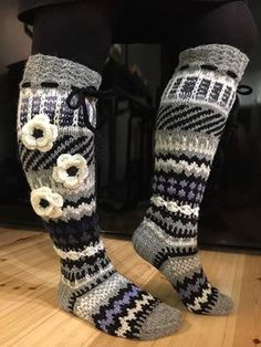 Crochet Socks, Knitting Socks, Knit Crochet, Boot Cuffs, Knee Socks, Winter Wear, Leg Warmers, Mittens, Uggs