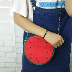 Buy Bolso Set of 2: Round Crossbody Bag at YesStyle.com! Quality products at remarkable prices. FREE WORLDWIDE SHIPPING on orders over US$35.
