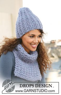 "DROPS 121-24 - Set comprises: Knitted DROPS neck warmer and hat in ""Polaris"". - Free pattern by DROPS Design"