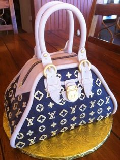 LV Cake @ Alexa Rogers.... For your next birthday