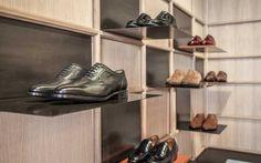 Glent Shoes flagship store by CuldeSac™, Madrid Spain shoes Shop Interior Design, Retail Design, Store Design, Visual Merchandising, Store Interiors, Shoe Shop, Shoe Stores, Branding, Retail Interior