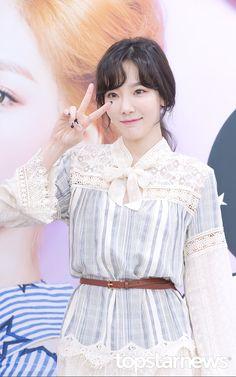 [HD포토] 소녀시대(SNSD) 태연, '깜찍하게 브이~!'
