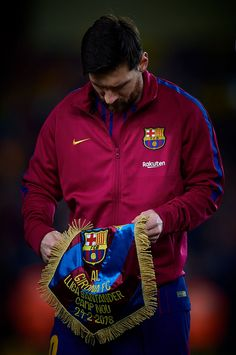 Lionel Messi prior the LaLiga match between FC Barcelona and Girona FC held at Camp Nou on February 2018 in Barcelona, Spain. Lionel Messi prior the LaLiga match between FC Barcelona and Girona FC held at Camp Nou on February 2018 in Barcelona, Spain. Messi 10, Messi Team, Cr7 Vs Messi, Messi Soccer, Neymar, Girona Fc, Fc Barcelona Wallpapers, Barcelona Soccer, Barcelona Spain