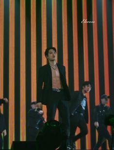 Hot Korean Guys, Korean Men, Asian Men, Chanyeol, Kyungsoo, Exo Kai Abs, Exo Korea, Nct, Exo Members