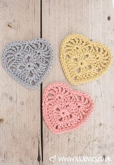 Hello, I'm just stopping by today to share the pattern for these sweet crochet granny hearts since February is now upon us… I have been busy working on lots of gorgeous projects over the past weeks a Crochet Squares, Crochet Granny, Crochet Stitches, Crochet Flower Patterns, Crochet Flowers, Knit Patterns, Crochet Crafts, Crochet Projects, Crochet Art