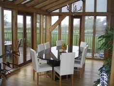 Oak conservatory / dining room. Roderick James Architects