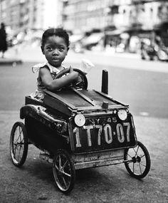 1947, New York. Harlem. photo by Fred Stein