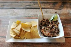Slow Cooker Carnitas #chips #recipes #crockpot #slowcooked #football #tailgating #entertaining #party