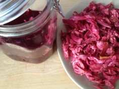 pickled red cabbage - with lentils, rice and fried onions Vegetable Salad, Vegetable Recipes, Vegetarian Recipes, Greek Recipes, Whole Food Recipes, Cooking Recipes, Pickled Red Cabbage, Red Cabbage Recipes, Kinds Of Vegetables