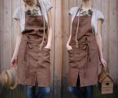 Linen Apron With Wooden Buttons | Knock Knock