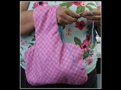 YouTube - crochet or knitting bag to slip over arm to hold yarn