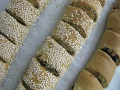 Bread Bun, Bread Cake, Greek Recipes, Asian Recipes, Cypriot Food, Olive Bread, Greek Cooking, Savoury Baking, Mediterranean Recipes