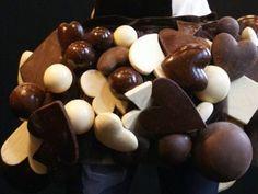 Résultats Google Recherche d'images correspondant à http://img.over-blog.com/400x300/3/66/24/36/divers-communication/00_salon_chocolat.slide.jpg