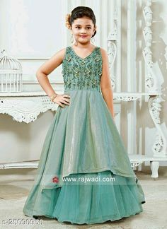 Party Gowns For Kids, Girls Party Wear, Kids Gown, Gowns For Girls, Frocks For Girls, Dresses Kids Girl, Baby Dresses, Kids Wear, Girls Frock Design