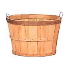 Wooden Bushel Baskets create a nice rustic look that highlights products without taking away from it. Shoppers love the simplicity of this wooden basket set. Produce Displays, Store Displays, Bushel Baskets, Wicker Baskets, Wooden Crates, Wooden Boxes, Peach Basket, Produce Baskets, Produce Stand