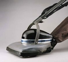"Henry Dreyfuss' ""streamlined"" Hoover 150 Vacuum Clearn, 1933-36"