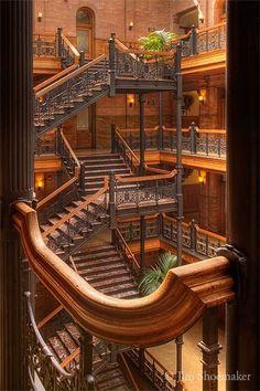 Art and Architecture Architecturia   www.RealtorJessica.com
