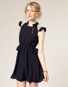 Starry Frill Waist Rose Button Dress