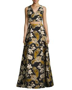 ALICE AND OLIVIA SLEEVELESS PAISLEY EMBROIDERED CROP TOP, BLACK/GOLD. #aliceandolivia #cloth #