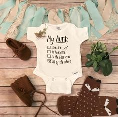 Auntie Baby Clothes, Unisex Baby Clothes, Aunt Onesie, Cricut, Unique Baby Gifts, Dream Baby, Aunt Gifts, Silhouette, Baby Bodysuit