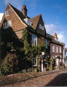 Jeake's House, Bed-Breakfast- Rye, East Sussex, England  Situated on beautiful Mermaid Street, highly recommended