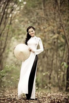 TRADITIONAL LONG DRESS - TT125 | Original long dress with white dress and black or white pant :)
