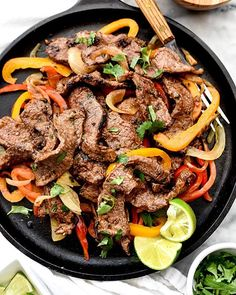 YUMMY RECIPE! Steak Fajitas with Simple Scratch  #food #foodtime #foodlover #foodie #foodiegram #steak #steaktime #steaklovers #fajitas #steakfajitas #dinner #dinnertime #foodphotography #foodgram #foodpics #deliciousfood #deliciousdinner #eeeeeats #yahoofood #yummy #yum #gluttony  & Recipe: @foodiecrush (instalink http://ift.tt/2gmxBTr) by coolinaria.es Food Foods Foodies foodie foodporn foodstagram foodlover foodspotting foodshare foodstyling gastronomy instafood foodphotography chef…
