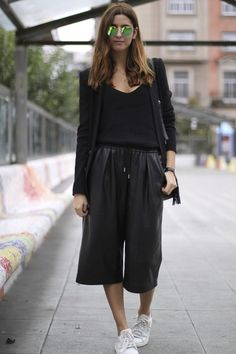 Blogger Donkey Cool wears culottes, with all-black blazer and mirror sunglasses #AW14 #streetstyle