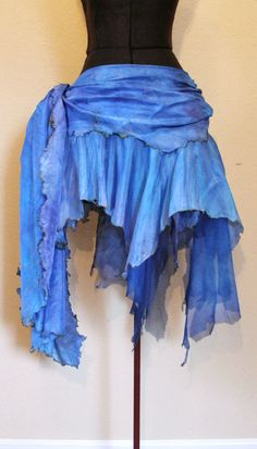 Firebird Fae Luna fairy skirt – something like this in reds for Flamespren Dance Dresses, Cute Dresses, Renaissance Festival Costumes, Fairy Skirt, Beautiful Hips, Tribal Belly Dance, Witch Outfit, Contemporary Dance, Dance Costumes