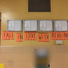 """I'm in love with these bulletin board letters from They go perfectly with my freebie """"My Favorite Book. Teaching Language Arts, English Language Arts, Teaching English, Middle School Ela, Beginning Of The School Year, High School, School Resources, Classroom Resources, Teacher Resources"""