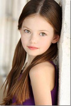 Mackenzie Foy - Renesmee Cullen in Twilight