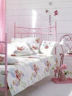 bedroom, pink