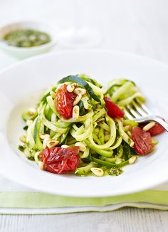 Courgetti with pesto and balsamic tomatoes - who needs spaghetti when you can have spiralized courgette?