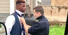 Kind-hearted EMT stops to help teen tie his tie for prom