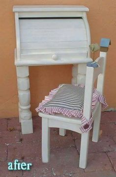 I just can't get rid of my bread box yet!Repurposing bread box and coffee table legs to make a super cute writing desk for little ones. Old Furniture, Repurposed Furniture, Furniture Projects, Furniture Makeover, Painted Furniture, Geek Furniture, Cheap Furniture, Pallet Furniture, Diy Childrens Furniture