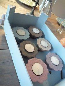 supports de bougie en béton coloré DIY