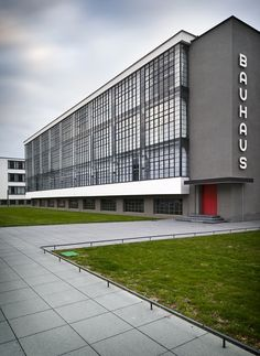 The Bauhaus School at Dessau | Architect: Walter Gropius | Photographer: Photographer: Thomas Lewandovski