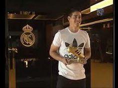 """James recibe la Bota de Oro del Mundial: """"Estoy en el club ideal"""""""