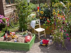 Family friendly garden of my dreams...