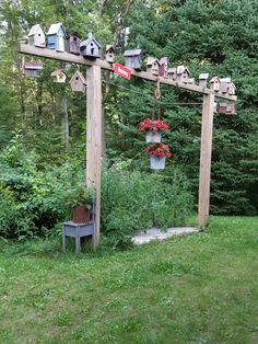 Garden Yard Ideas, Backyard Projects, Garden Crafts, Garden Projects, Garden Art, Bird Feeding Station, Bird Houses Diy, Garden Features, Backyard Birds