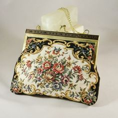 Vintage Mary Poppins Style Flower Tapestry Handbag with Gold Chain Mary Poppins, Antique Stores, Hare, Evening Bags, Gold Chains, 1980s, My Etsy Shop, Handmade Jewelry, Tapestry